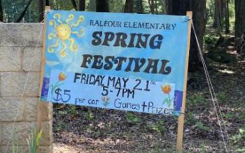 spring fling sign